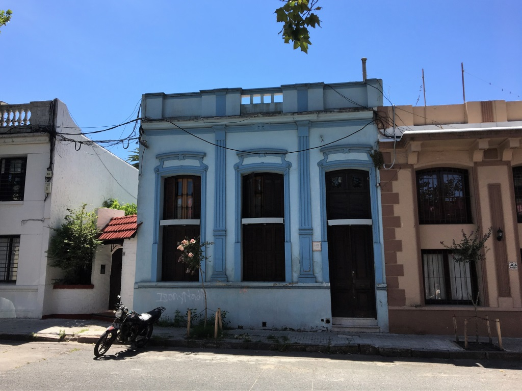 Two introverts travel to Montevideo - awayfarers