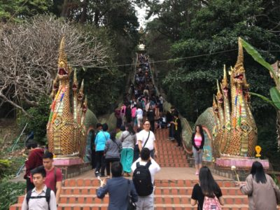 Popular Tourist Attractions Worth Braving the Crowds For